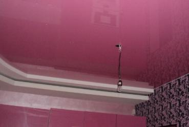 Натяжной потолок на кухню 20 м2