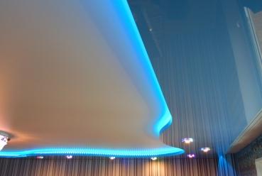 Парящий натяжной потолок 20 м2